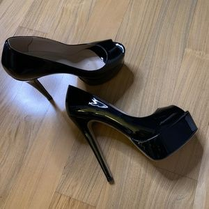 "NEW Black Patent 6"" Peep Toe Heels Size 12"